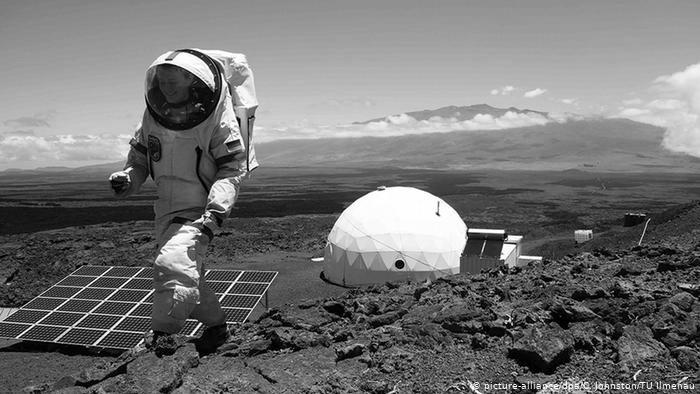 Seul(e)s sur Mars